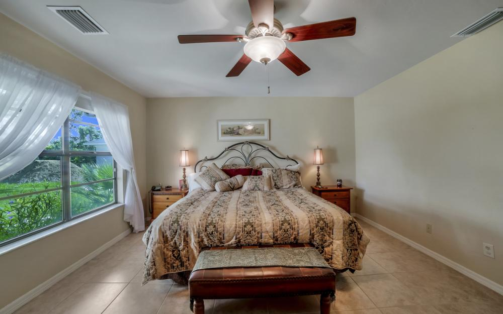 1441 SE 21st St, Cape Coral - Home For Sale 667362098