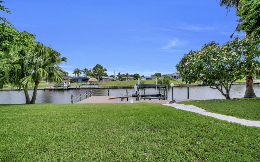1441 SE 21st St, Cape Coral - Home For Sale 1130830487