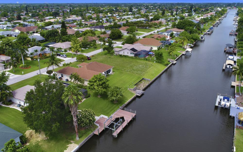 1441 SE 21st St, Cape Coral - Home For Sale 1889528561