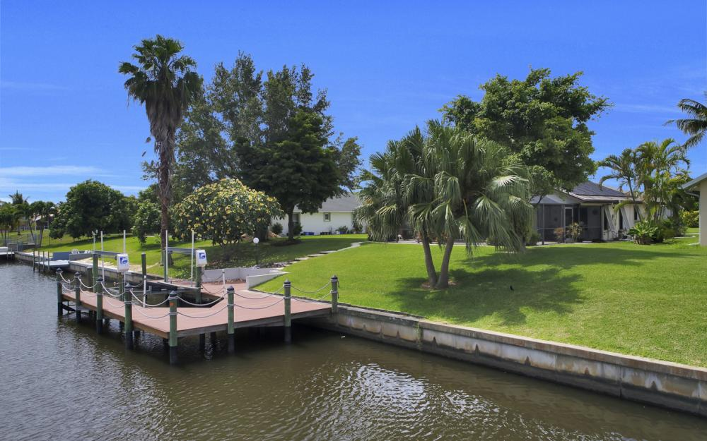 1441 SE 21st St, Cape Coral - Home For Sale 1801330828