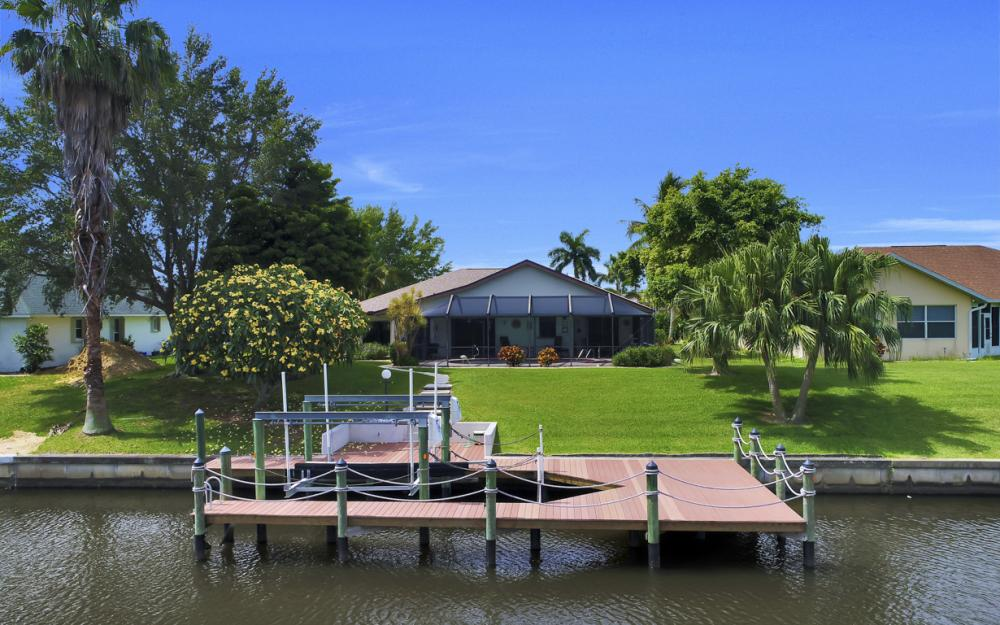 1441 SE 21st St, Cape Coral - Home For Sale 874504568