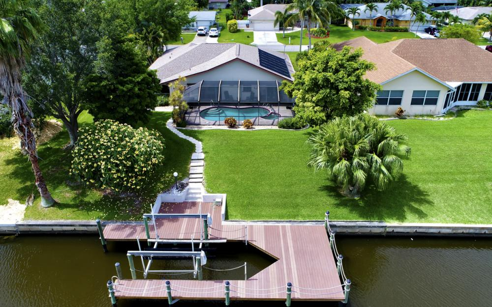 1441 SE 21st St, Cape Coral - Home For Sale 72354593