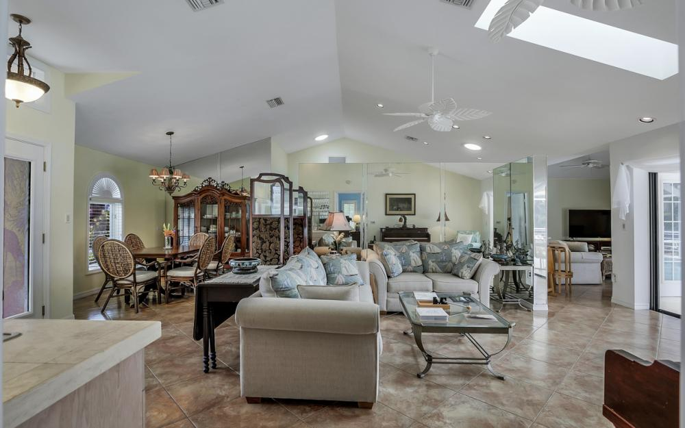 1184 Whiteheart Ct, Marco Island - Home For Sale 1537635375