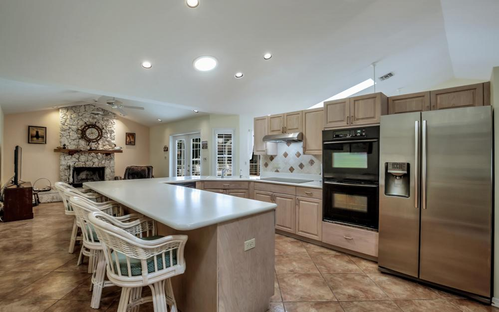 1184 Whiteheart Ct, Marco Island - Home For Sale 1274578435