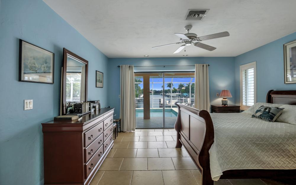 1184 Whiteheart Ct, Marco Island - Home For Sale 1385109595
