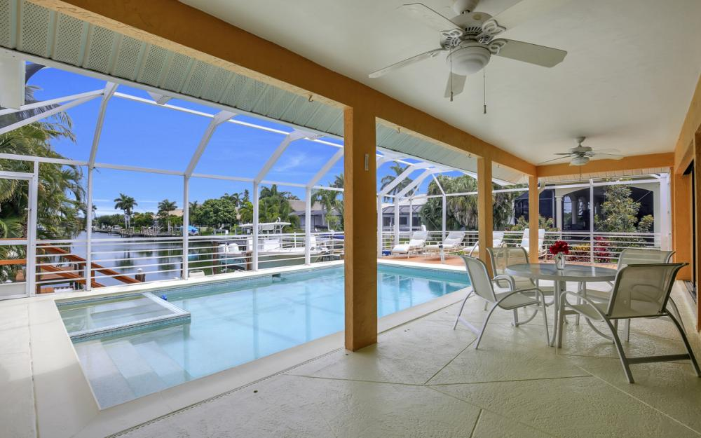 1184 Whiteheart Ct, Marco Island - Home For Sale 2017399795