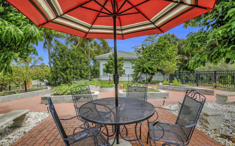 1184 Whiteheart Ct, Marco Island - Home For Sale 1835754879