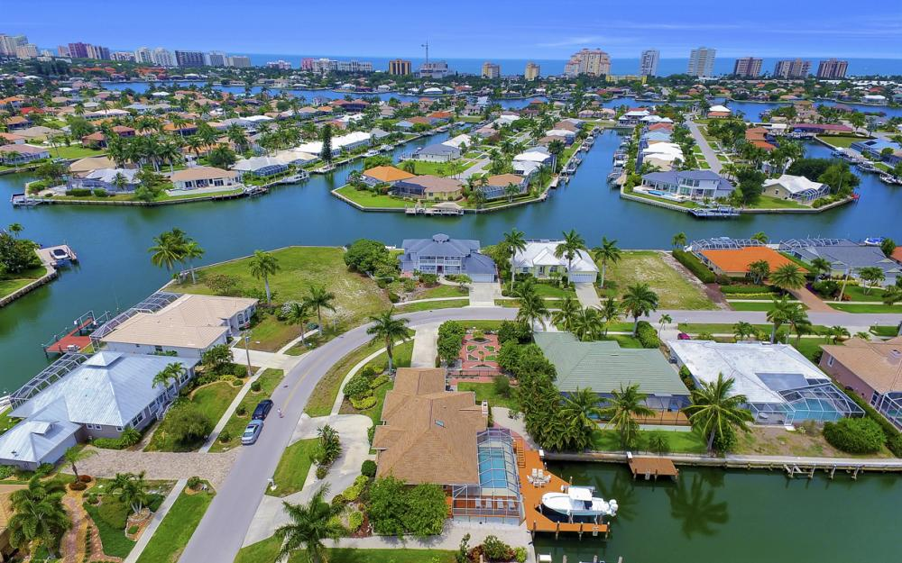 1184 Whiteheart Ct, Marco Island - Home For Sale 1137075868