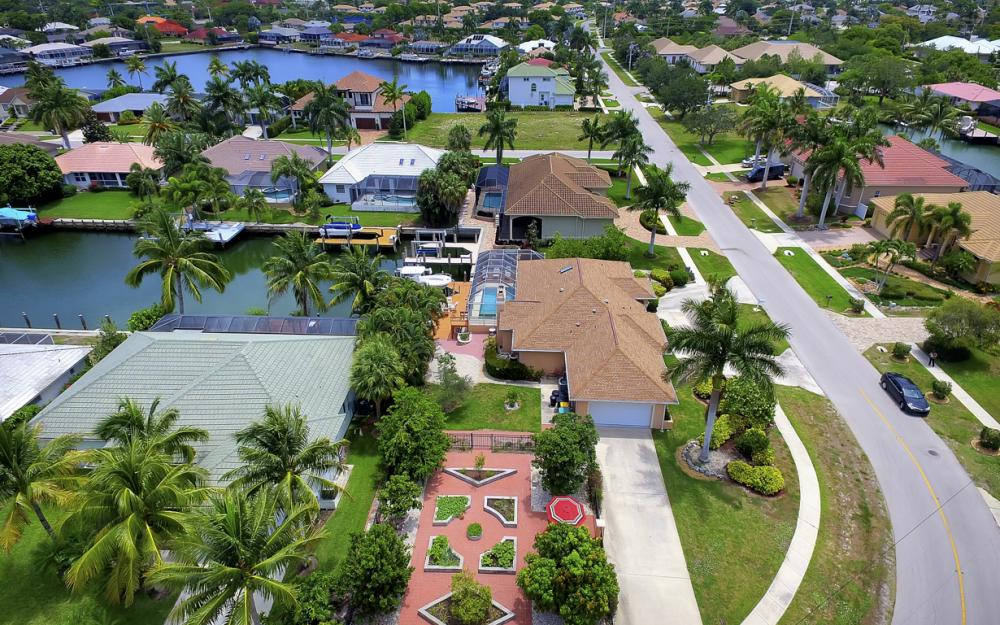 1184 Whiteheart Ct, Marco Island - Home For Sale 1568054364