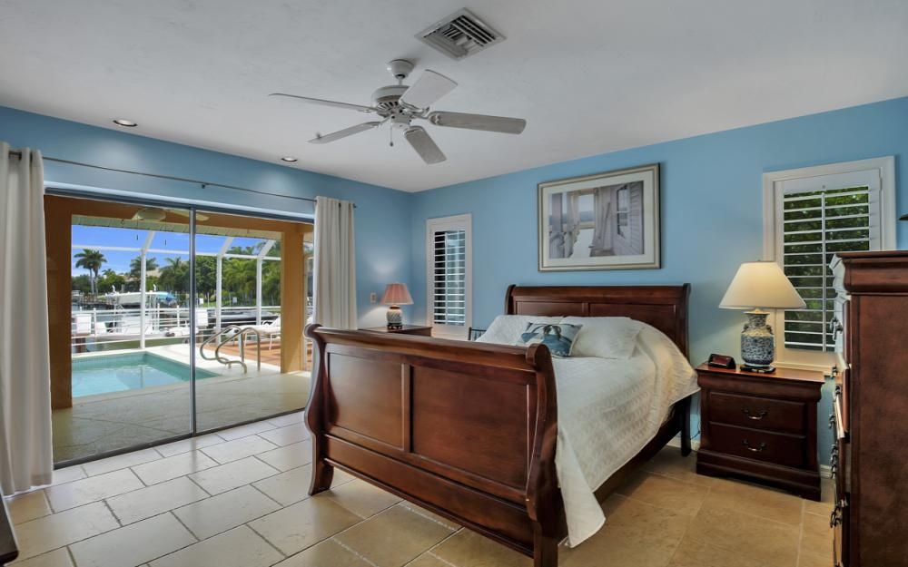 1184 Whiteheart Ct, Marco Island - Home For Sale 2096647072