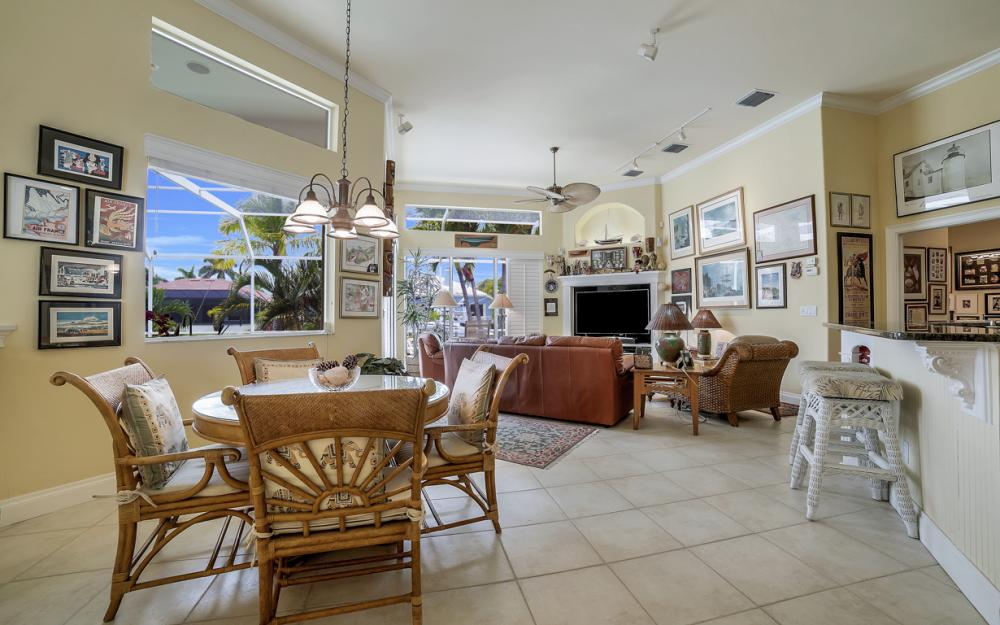 761 Plantation Ct, Marco Island - Home For Sale 964871103