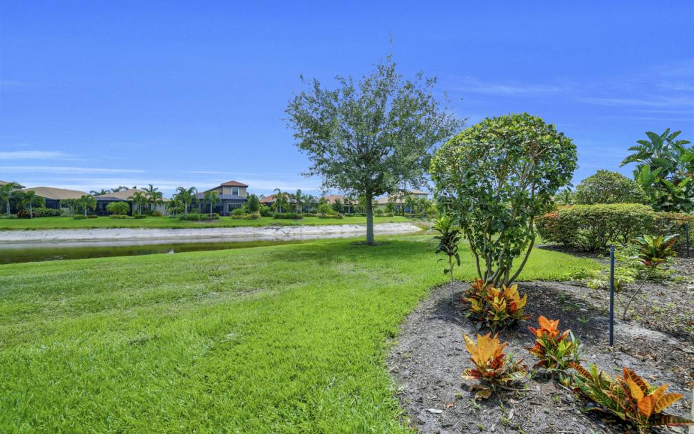 11106 St. Roman Way, Bonita Springs - Home For Sale 622127961