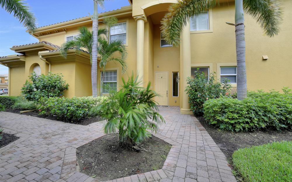 9230 Triana Ter #182, Fort Myers - Home For Sale 1737024888