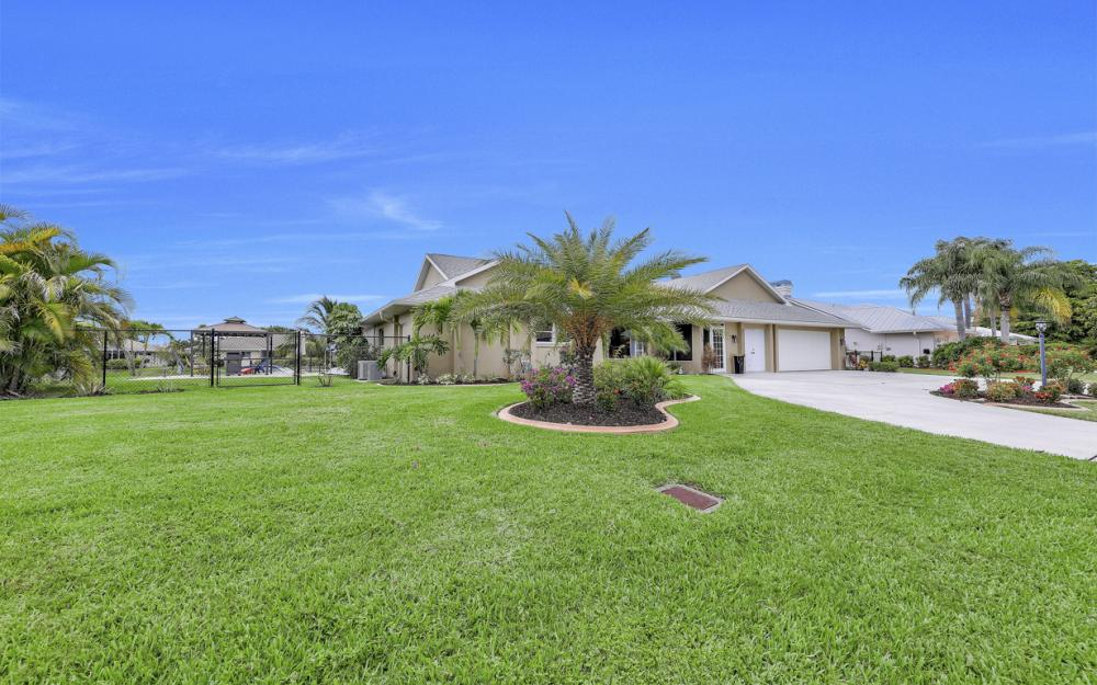 2274 SE 27th St, Cape Coral - Home For Sale 1526067705
