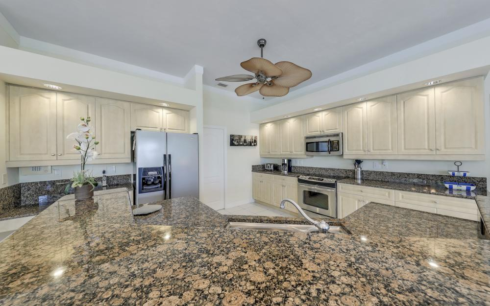 2303 SW 52nd St, Cape Coral - Home For Sale 166748792