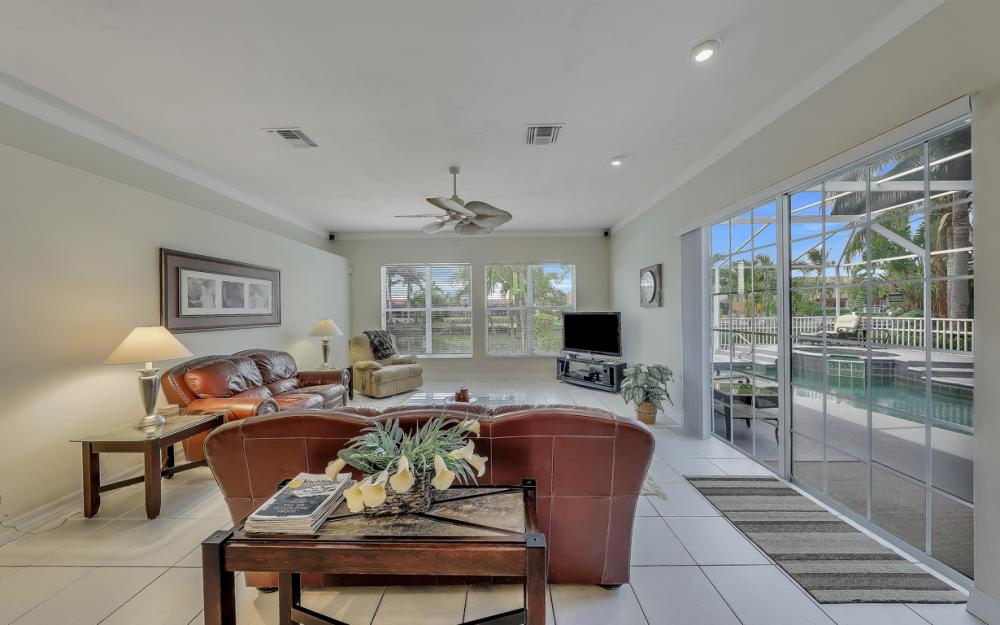 2303 SW 52nd St, Cape Coral - Home For Sale 274763529