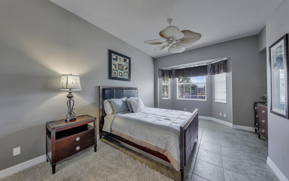2303 SW 52nd St, Cape Coral - Home For Sale 607914455