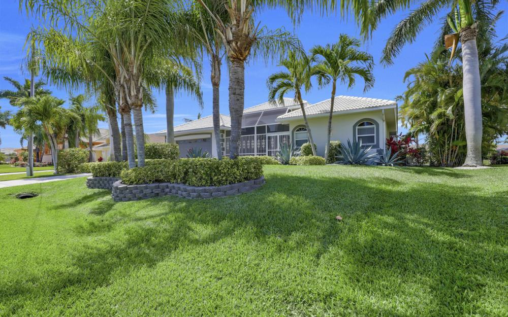 2303 SW 52nd St, Cape Coral - Home For Sale 1571229354