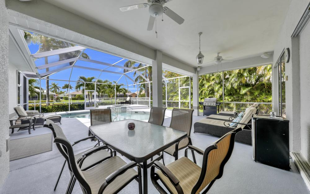 2303 SW 52nd St, Cape Coral - Home For Sale 1967353320