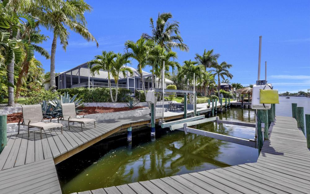 2303 SW 52nd St, Cape Coral - Home For Sale 1589218526