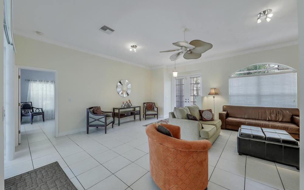 2303 SW 52nd St, Cape Coral - Home For Sale 340268523