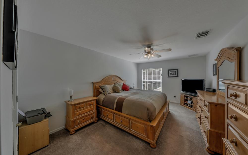 4921 SW 17th Ave, Cape Coral - Home For Sale 853035401