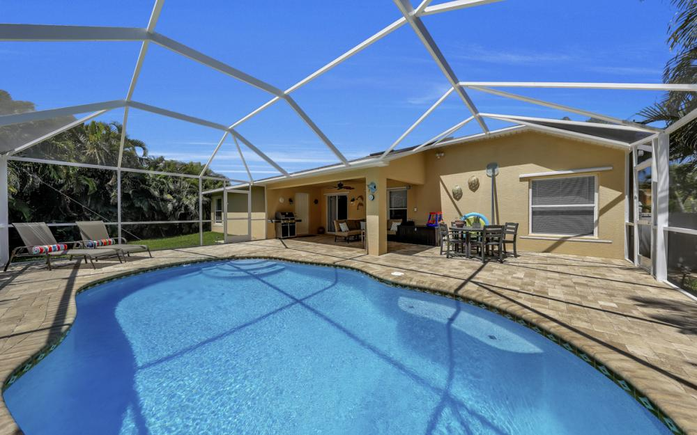 4921 SW 17th Ave, Cape Coral - Home For Sale 574782600