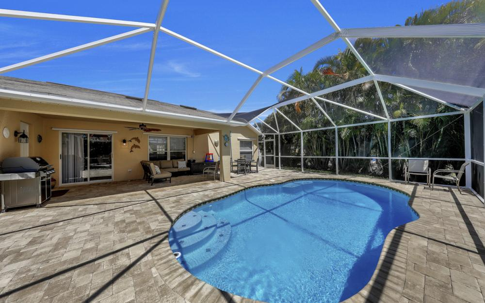 4921 SW 17th Ave, Cape Coral - Home For Sale 764213207