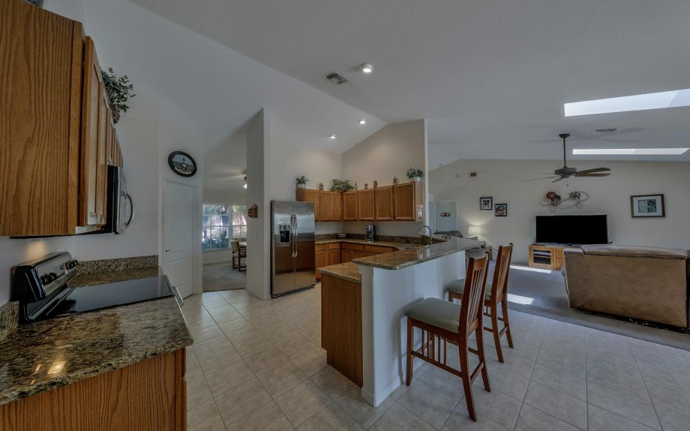 4921 SW 17th Ave, Cape Coral - Home For Sale 899243277