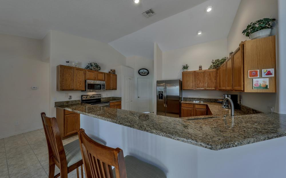 4921 SW 17th Ave, Cape Coral - Home For Sale 575905485