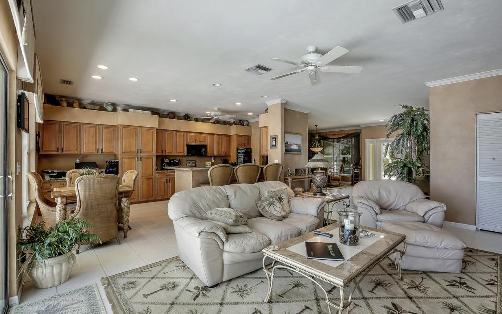 1110 Twin Oak Ct, Marco Island - Home For Sale 1834657228