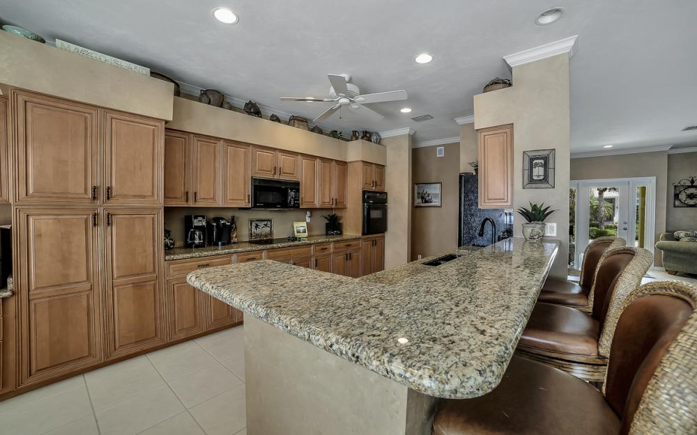 1110 Twin Oak Ct, Marco Island - Home For Sale 644494777
