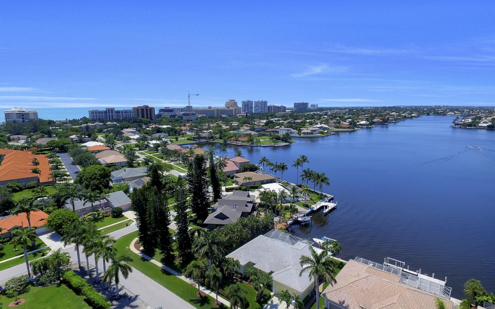 1110 Twin Oak Ct, Marco Island - Home For Sale 80590855