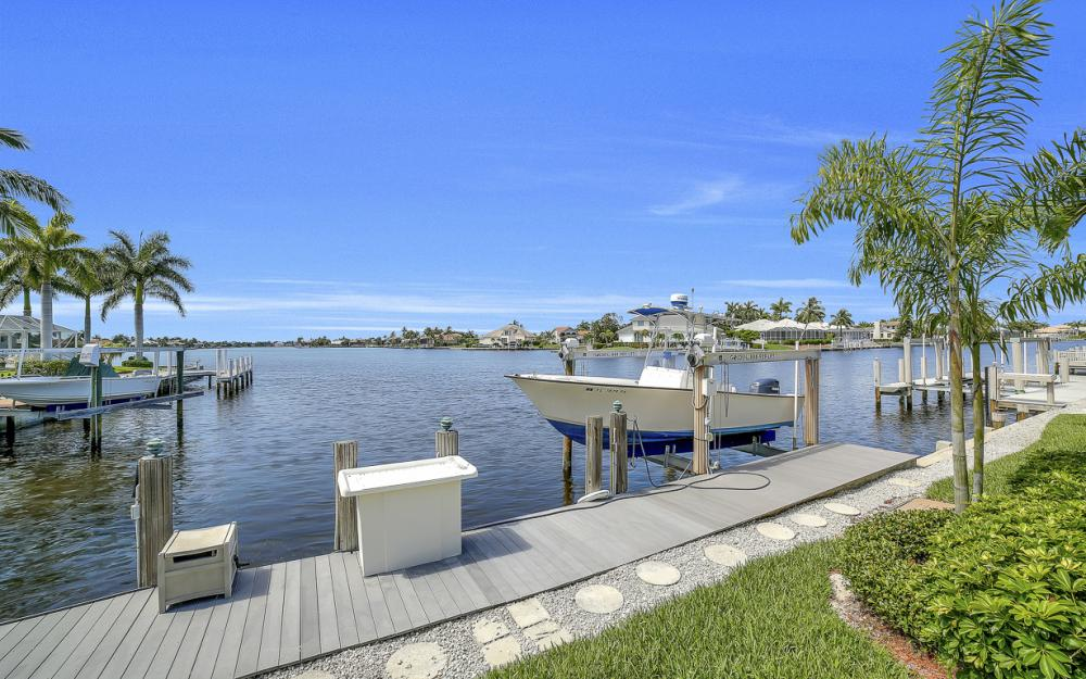 1110 Twin Oak Ct, Marco Island - Home For Sale 1219529380