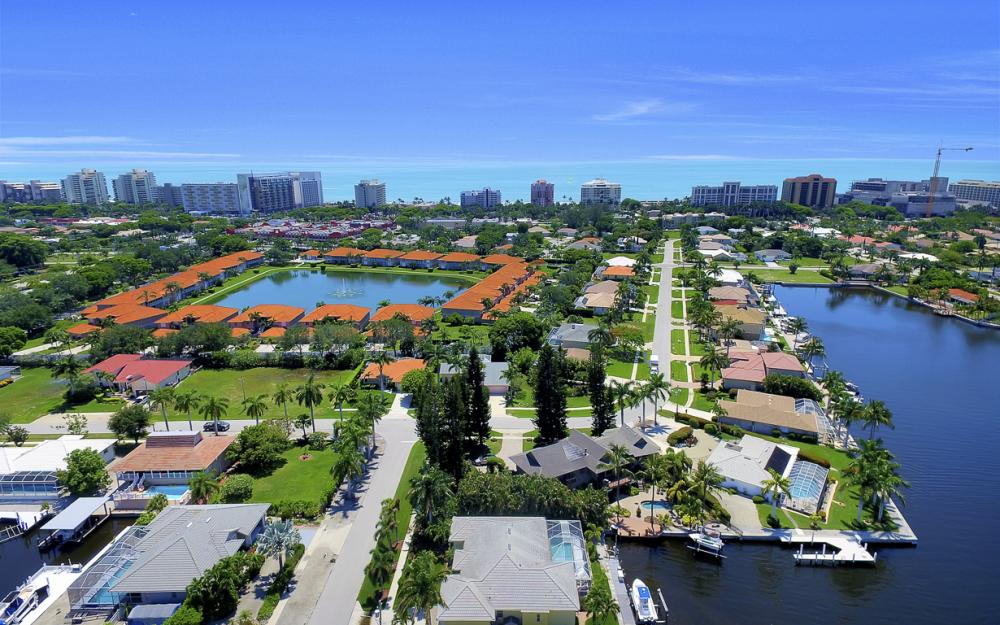 1110 Twin Oak Ct, Marco Island - Home For Sale 1146634082
