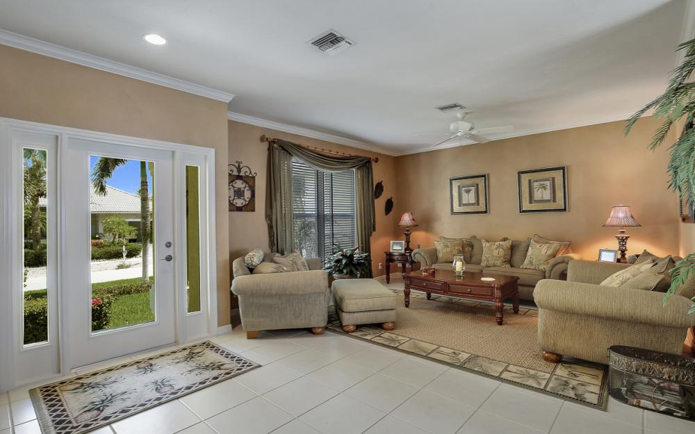 1110 Twin Oak Ct, Marco Island - Home For Sale 662767307