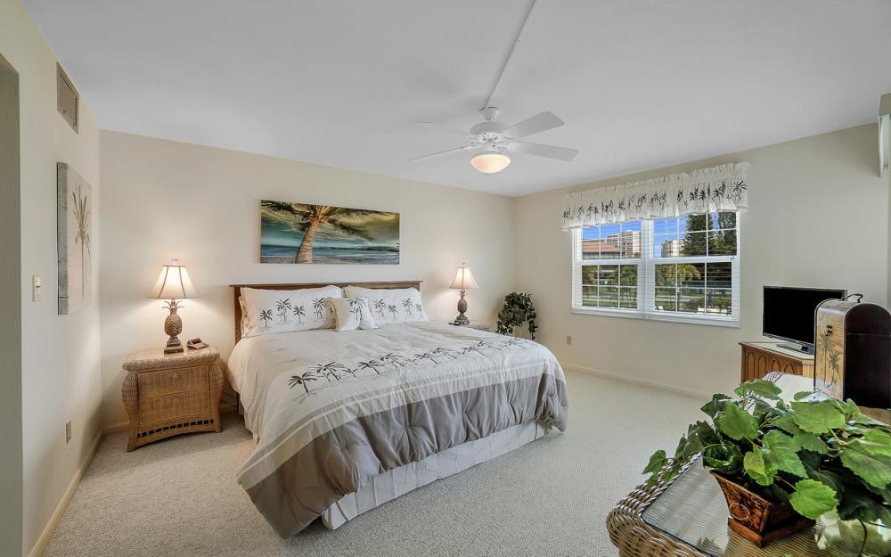 1011 Swallow Ave #207, Marco Island - Condo For Sale 1933963132