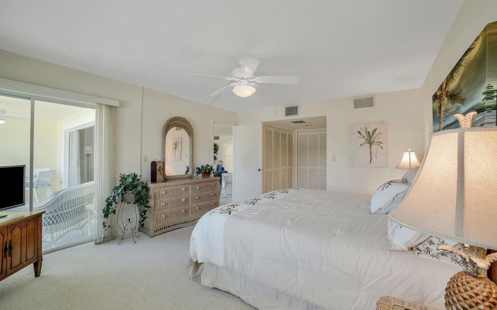 1011 Swallow Ave #207, Marco Island - Condo For Sale 1470872719