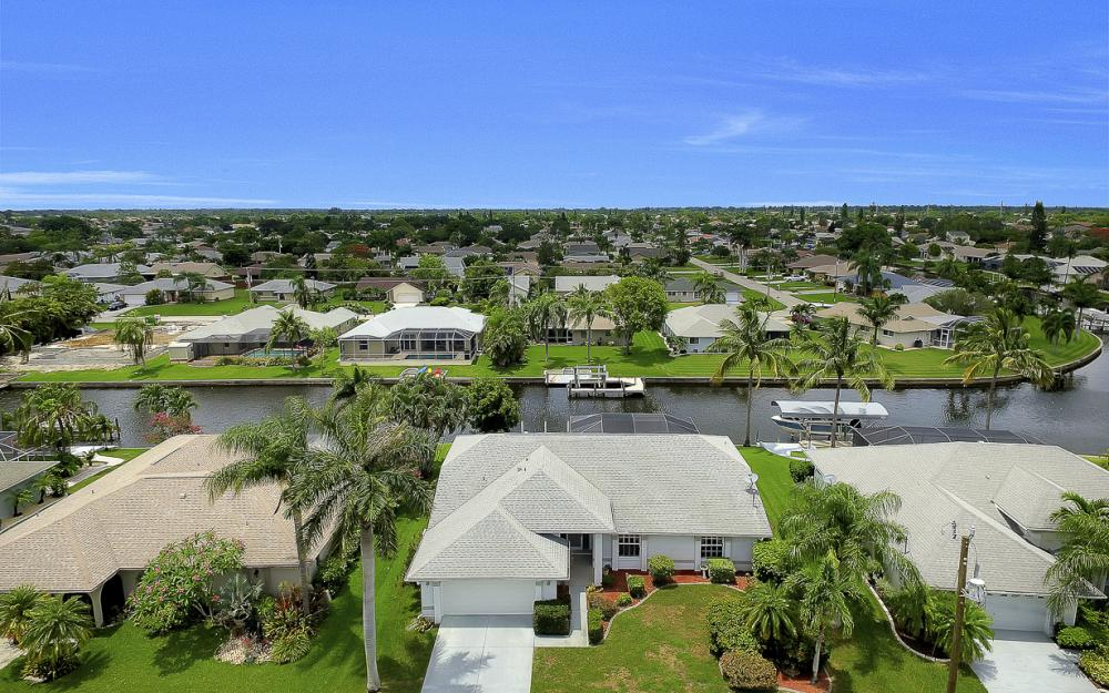 209 SW 45th Ter, Cape Coral - Gulf Access Home For Sale 1825084516