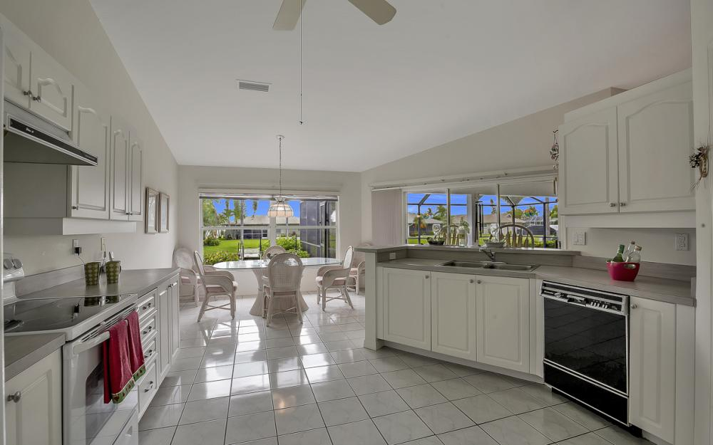 209 SW 45th Ter, Cape Coral - Gulf Access Home For Sale 2113757295