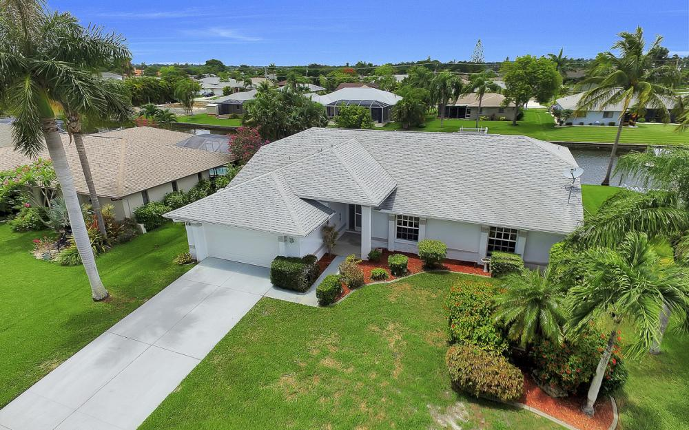 209 SW 45th Ter, Cape Coral - Gulf Access Home For Sale 270077667