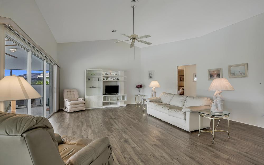 209 SW 45th Ter, Cape Coral - Gulf Access Home For Sale 41557689