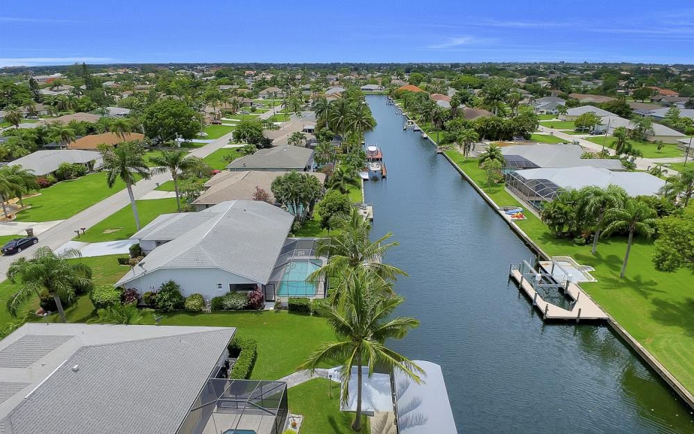 209 SW 45th Ter, Cape Coral - Gulf Access Home For Sale 1710084343