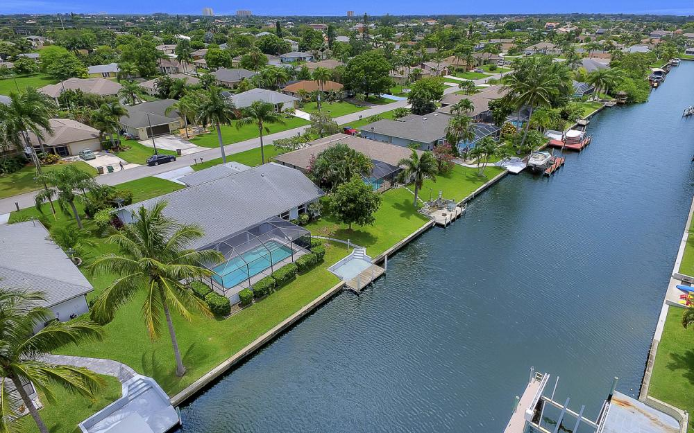 209 SW 45th Ter, Cape Coral - Gulf Access Home For Sale 1795936589