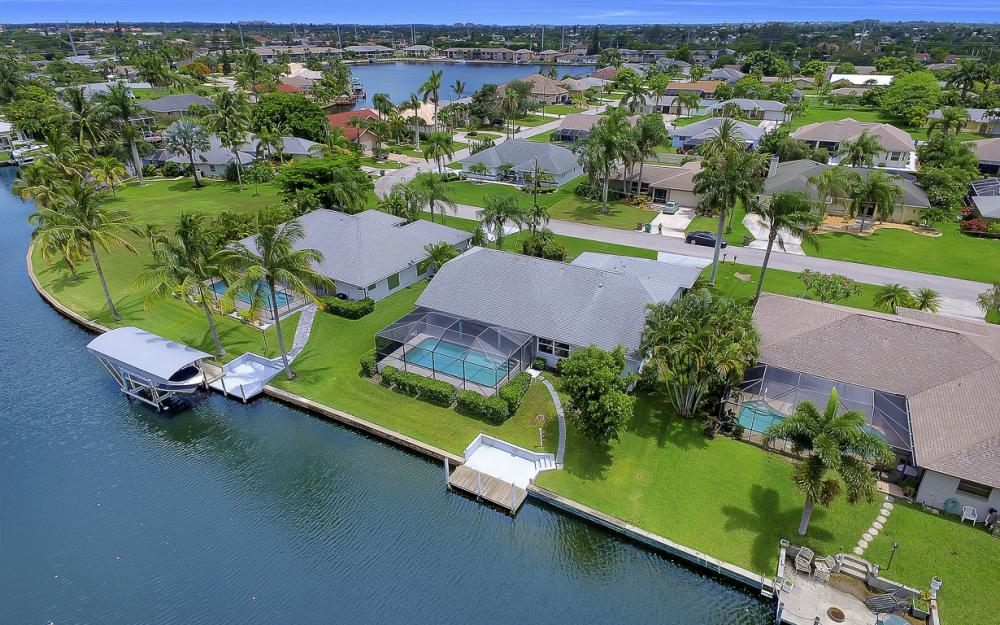 209 SW 45th Ter, Cape Coral - Gulf Access Home For Sale 422330220