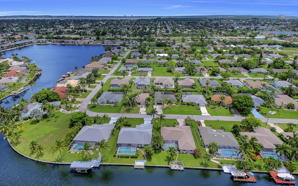 209 SW 45th Ter, Cape Coral - Gulf Access Home For Sale 761476575