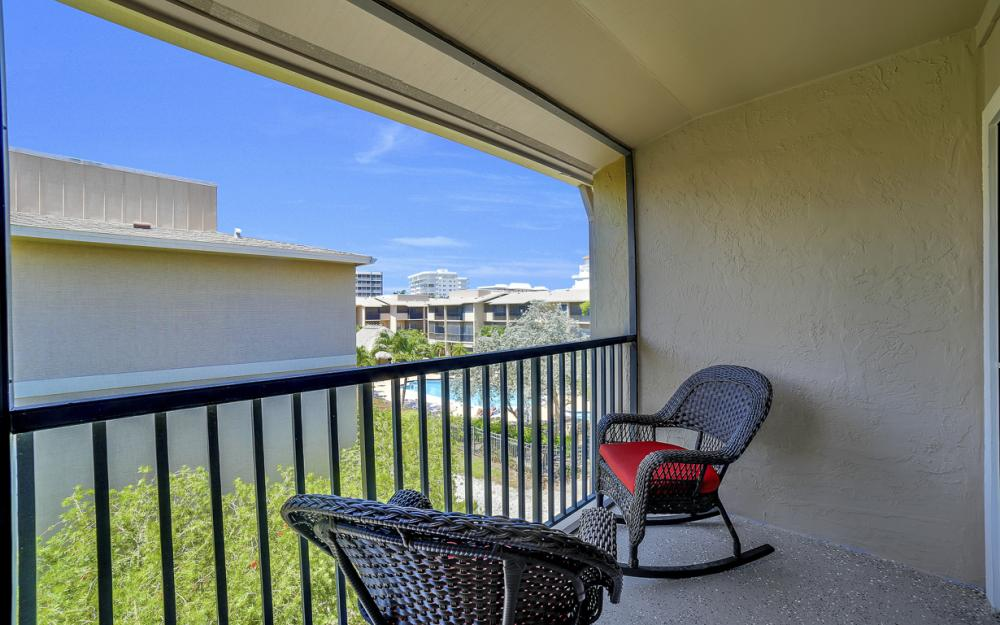 1130 Swallow Ave, Marco Island - Home For Sale 1798785180