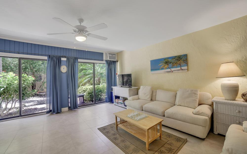 1130 Swallow Ave, Marco Island - Home For Sale 2081024935
