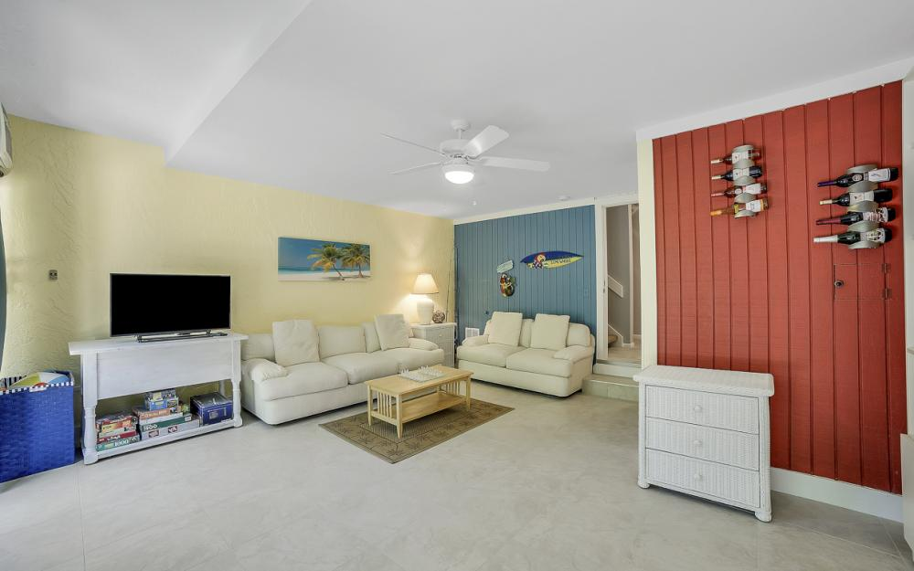 1130 Swallow Ave, Marco Island - Home For Sale 958706393