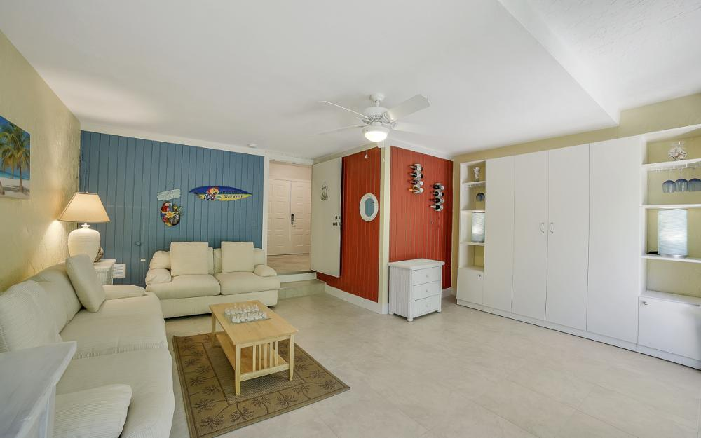 1130 Swallow Ave, Marco Island - Home For Sale 574816175